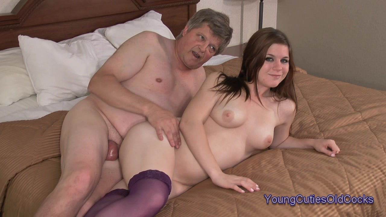 Evelyn castile wakes up grandpa to fuck 9