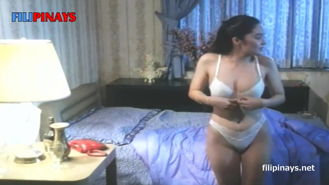 hot latinas sucking cock